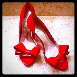 Paris Hilton red heels